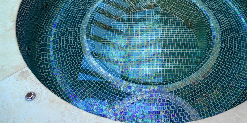 Basen z mozaiką Iris Jade